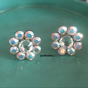💕Adorable Flower Earrings